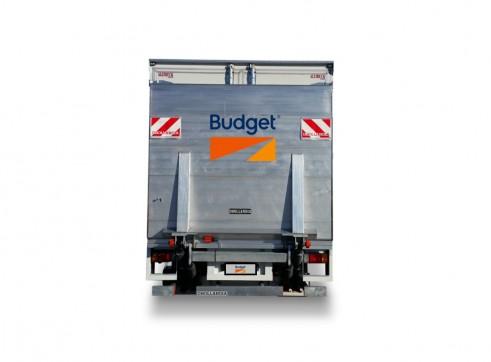 7.5M Refrigerated Van 3
