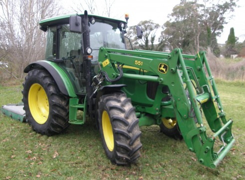 72HP John Deere 5620 Tractor & Loader  3