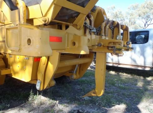 772GP John Deere AWD Grader & SR250 Case Skidsteer Loader 4