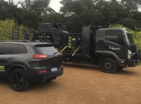 7T Beavertail Truck w/hydraulic ramps 3