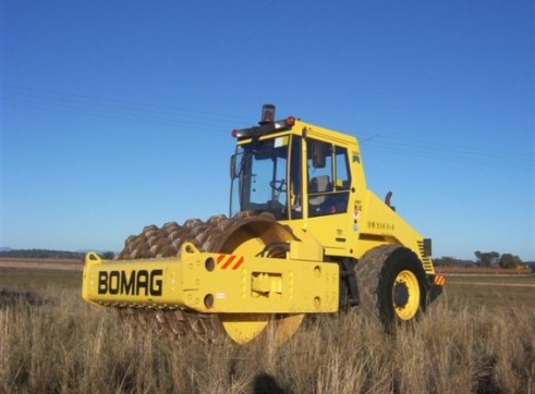 7T Bomag Padfoot Roller 1