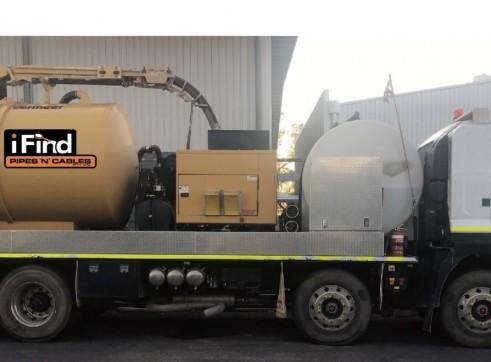 8,000L Vacuum Excavation Truck 1