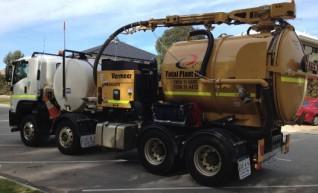 8,300L Vermeer VX100-2200 Vacuum Excavation System 1