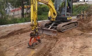 8 tonne Excavators 1