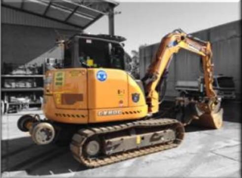 8 Tonne Hi-Rail Excavator (Rubber Pad Machine) 1