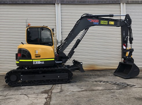 8.5T 2018 Volvo ECR88 Plus with rubber tracks 1
