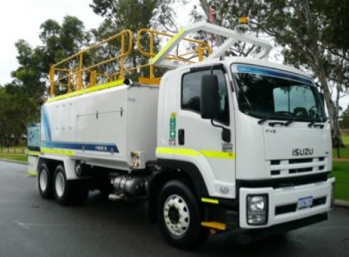 8000L Isuzu FVZ 1400 Service Truck 1