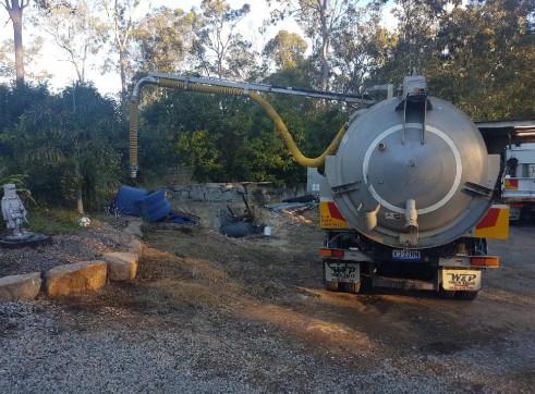 8000L Vacuum Excavation Truck 5
