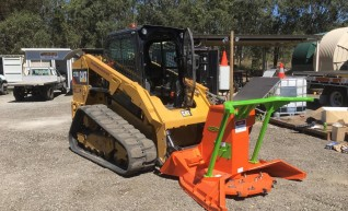 85HP Cat 279D Posi-Track w/Forestry Mulcher 1