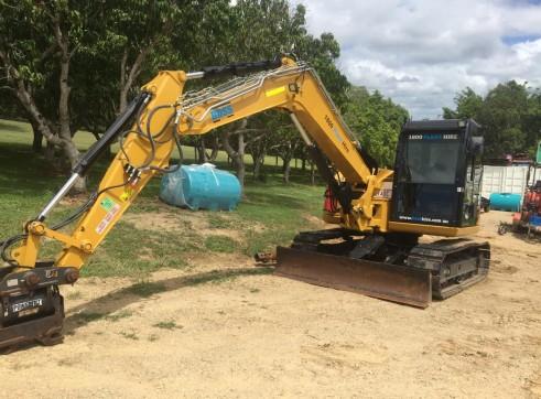 8T Caterpillar Excavator 4