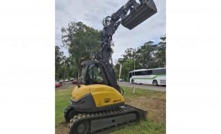 8T Mecalac MCR Excavator / Skidsteer 1