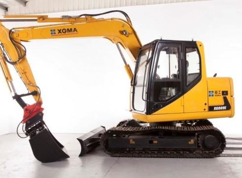 8T XG809E Excavator 4