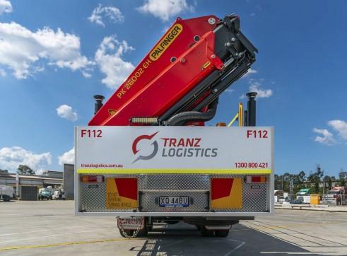 8x4 Flatdeck Crane Truck with 9m Tray 7