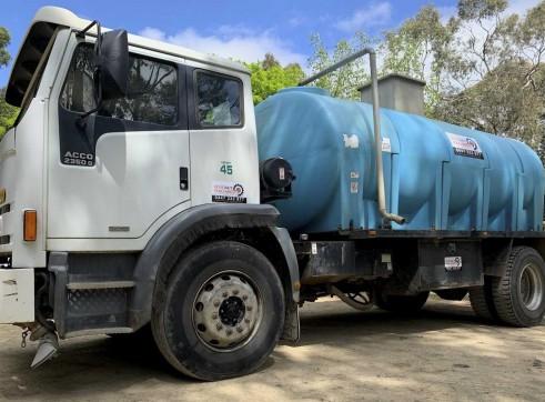 9000L Acco 2350G Water Truck