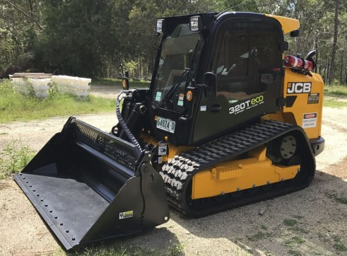 95HP JCB 320eco Tracked Skidsteer