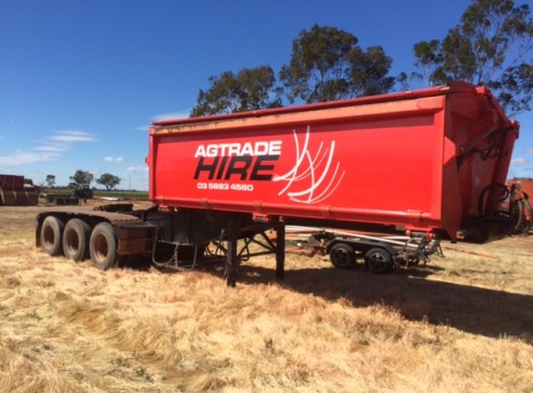A Trailer Side Tipper 1