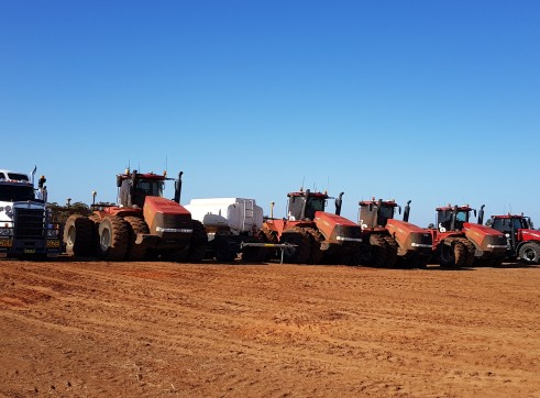 A1 7 x  Case STX 600 & 500 Tractors and scoops 3