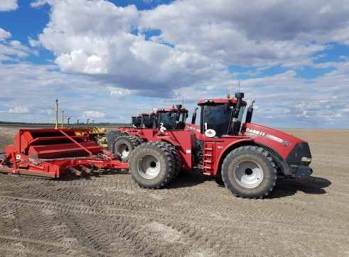 A1 7 x  Case STX 600 & 500 Tractors and scoops 2