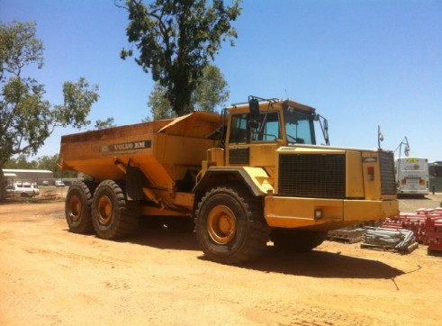 A35 Volvo 6wd Articulated dump truck 1
