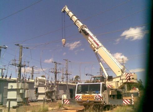 AC100T Slew Crane 2