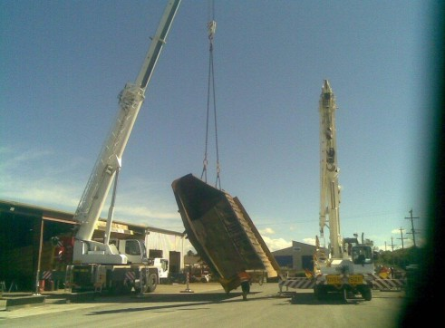 AC100T Slew Crane 4