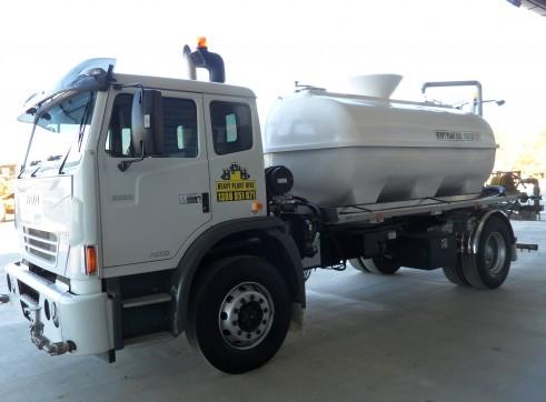 Acco 2350 9,000Lt 4x2 Water Truck