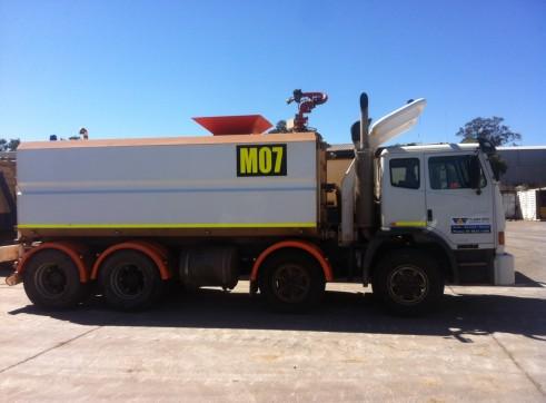 Acco Water Truck 18,500L  1