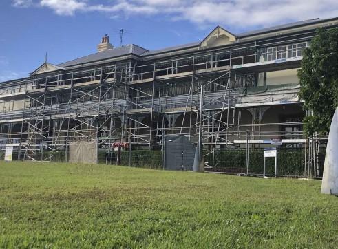 Aluminium Scaffold - Repainting Building