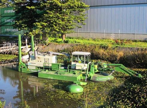 Amphibious Dredges 2