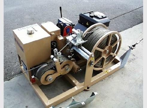 ARS200 – 15kN Hydraulic Puller 1