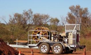 ARS403: 35kN Hydraulic Puller 1