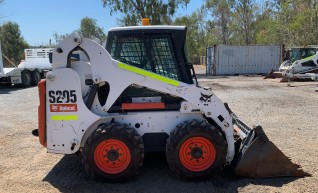 Bobcat S205 Skid steer Dry hire 1