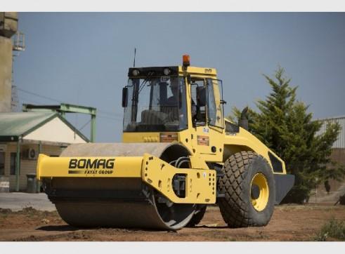 Bomag BW213D-4 Smooth Drum Roller 12 tonne 1
