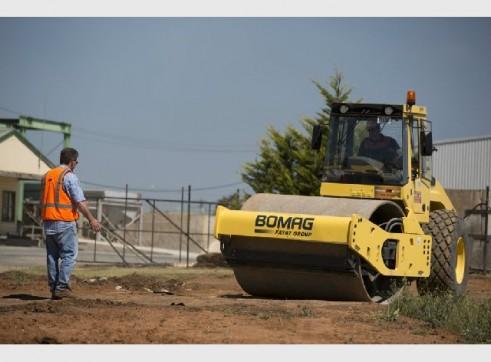 Bomag BW213D-4 Smooth Drum Roller 12 tonne 2