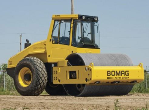 Bomag BW216D-4 Vibratory Roller 1