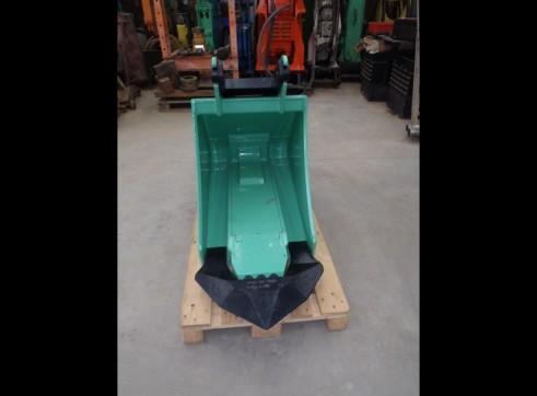 Bucket Hammer to Suit 8 - 12 Tonne 3
