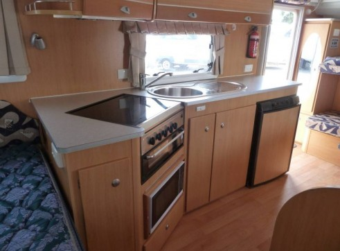 Caravan Accommodation 1-6 Person - Avan Charlotte 6