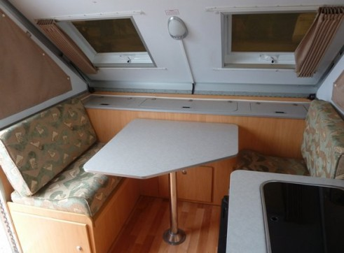 Caravan Accommodation 1-2 Person - Cruiseliner Camper 2