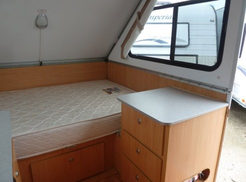 Caravan Accommodation 1-2 Person - Cruiseliner Camper 5