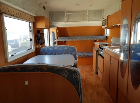 Caravan Accommodation 1-6 Person - Avan Ray 8