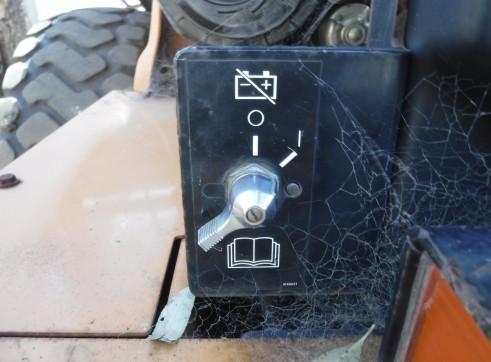 Case 521 DXT Wheel Loader 13