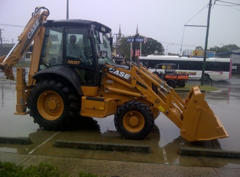 Case 580SR Loader backhoe 3