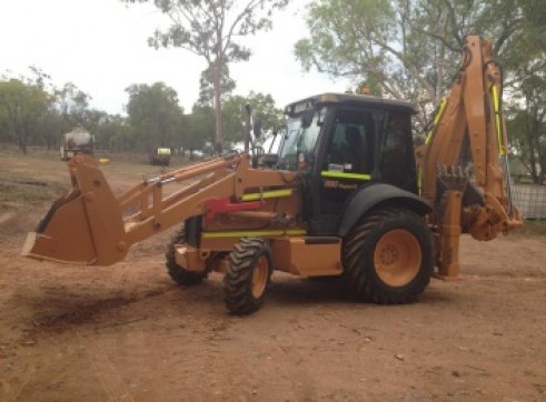 Case 590SR Series 3 Backhoe 2
