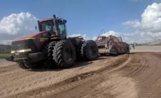 Fleet of Tractor & GPS Scoops with 26yd3 capacity 1