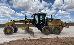 Cat 140M AWD Grader 1