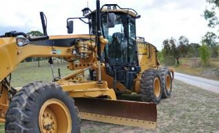 CAT 140M Grader 1