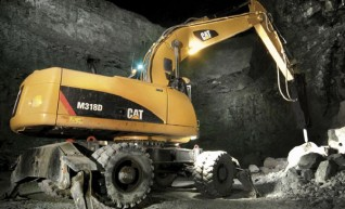 CAT 18T Excavator low hrs late model 1