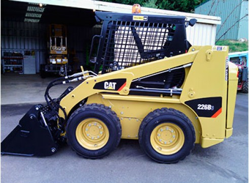 CAT 226B Series 3 Skidsteer 1