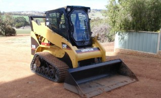 Cat 257B Skid Steer  1