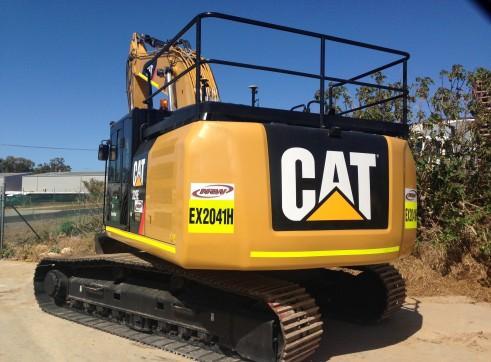 CAT 329 EL Excavator 1
